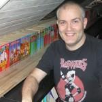Mødeværten Jan ved sin Jumbobogssamling